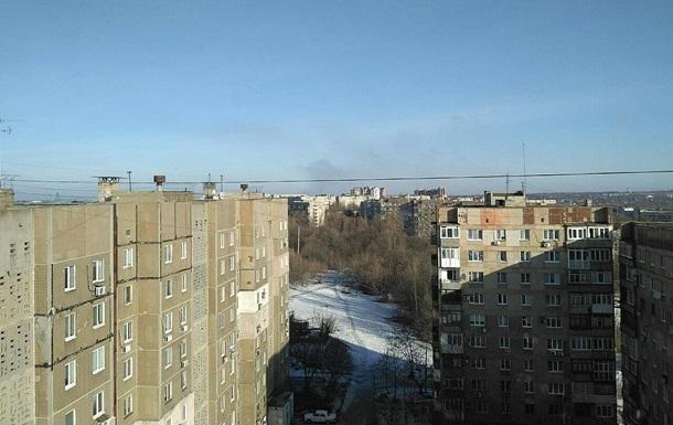 В центре оккупированного Донецка взрывы и стрельба