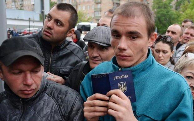 Нашли альтернативу: куда уезжают украинские заробитчане из Польши