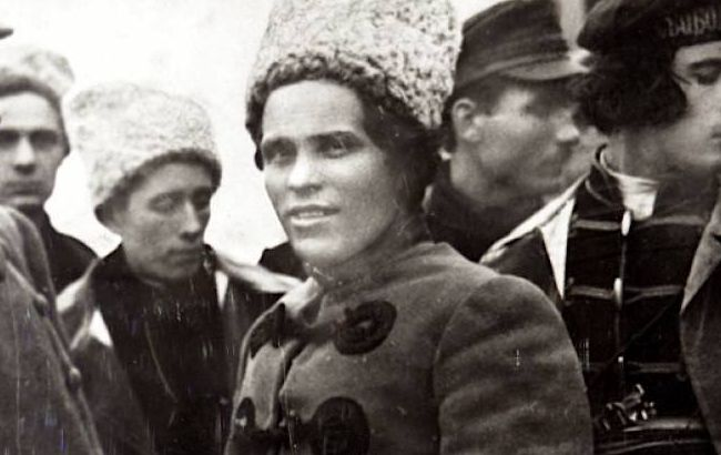 Из Парижа до Гуляйполя: прах Нестора Махно вернут в Украину