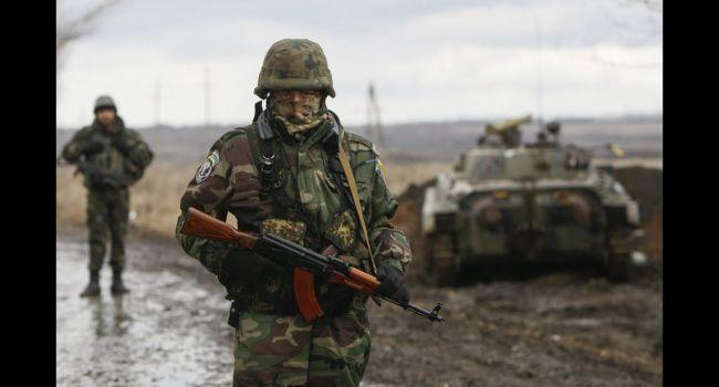 Рисковал жизнью и был ранен: боец ВСУ в одиночку заставил отступать группу оккупантов на Донбассе