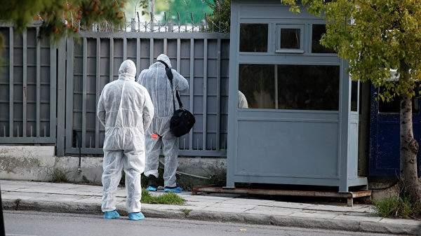 В посольство России бросили бомбу