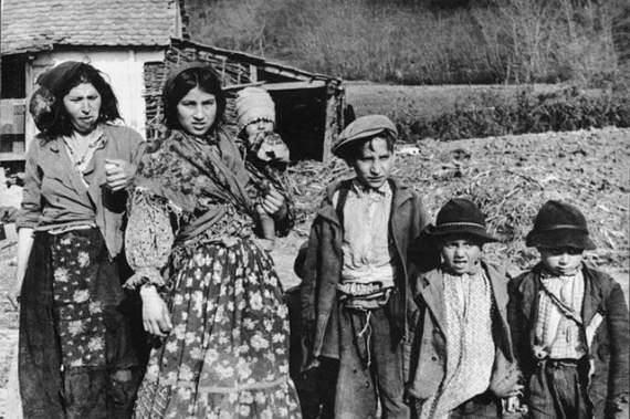 Как нацисты уничтожали цыганский народ