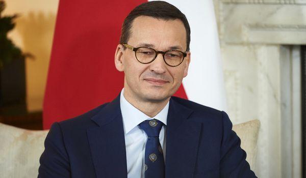 «Финансируете закупки оружия для Путина»: Польша выступила против закупок российского газа