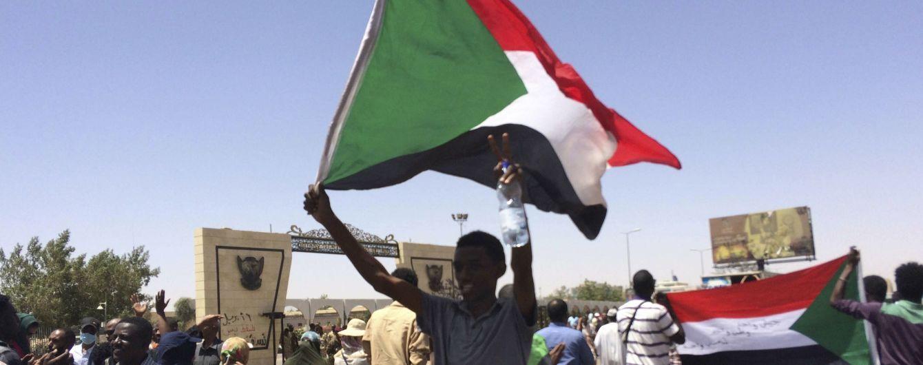 И Вагнер не помог: в Судане свергли друга Путина