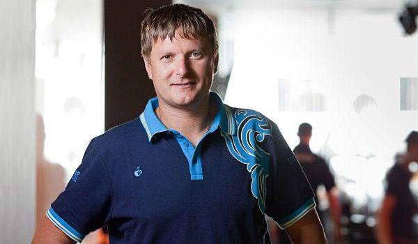 «Они нам ничего плохого не сделали»: легендарный российский теннисист призвал РФ оставить в покое Украину