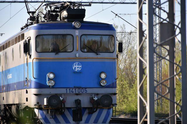 Воруют все, что не приколочено: проводник поезда в Крым о российских пассажирах
