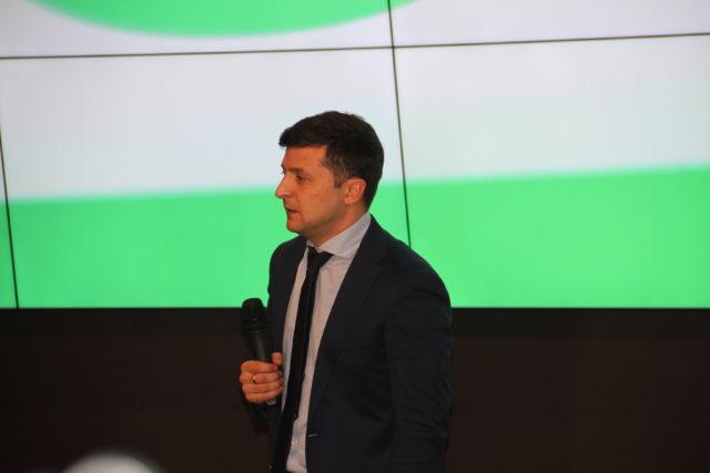 Зеленский дерзко ответил на оскорбление Порошенко: «Вы марионетка…»