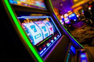 Огромный выбор слотов в украинском онлайн-казино № 1 – Космолот