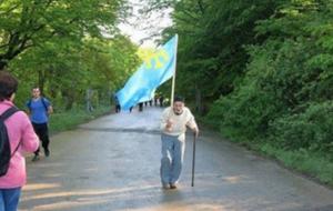 В оккупированном Крыму пожилой татарин вышел на одиночную акцию солидарности со своим народом