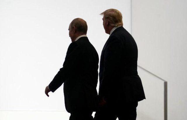 «Что на счет украинских…»: Трамп устроил серьезный разговор с Путиным, видео встречи