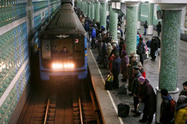 Кровавое ЧП сотрясло метро Киева, девушка пошла напролом: видео и все детали