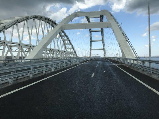 Крымский мост рухнет, «просто не выдержит»: в России признали фиаско
