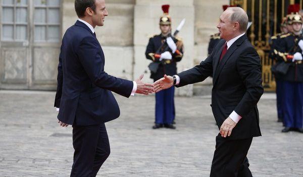 Макрон выступил с громким заявлением о примирении с Россией