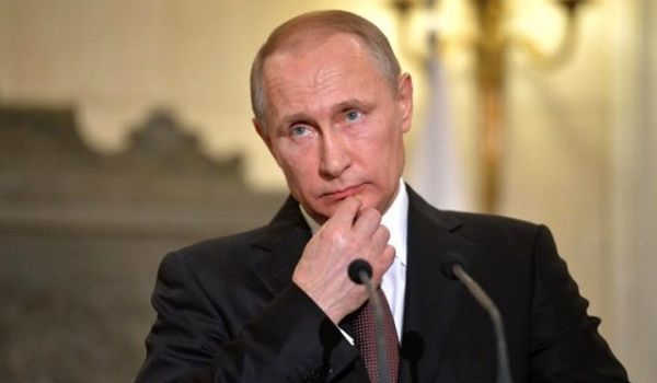 «Никаких двойников нет, просто ботокс никого не щадит»: сеть ошарашена изменениями во внешности Путина