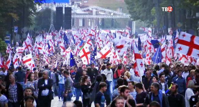 Скандал из-за депутатов РФ в Грузии: в Тбилиси стартовала новая волна протеста