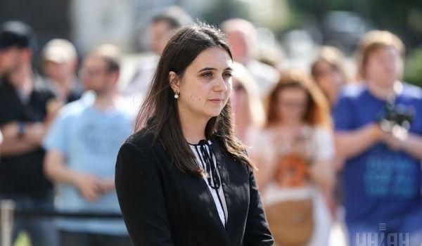 «Избила журналиста, вдвое большего за себя»: Юлия Мендель попыталась оправдать свой конфликт с Сергеем Андрушко