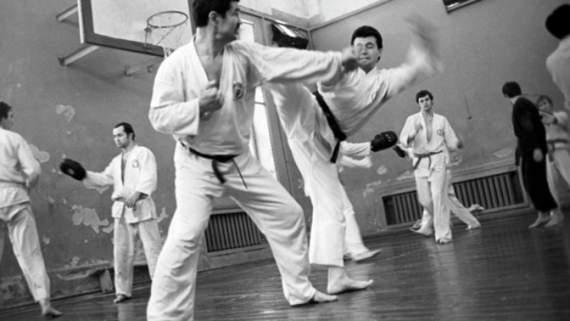 Кем был единственный человек, которого посадили в СССР за обучение карате