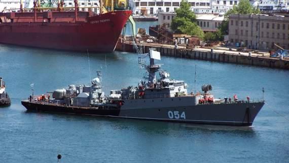 В Азовское море вошел российский военный корабль