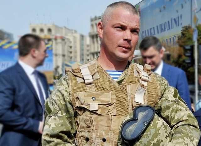 «Не тебе решать, генерал»: скандал Зеленского и ВСУ набирает обороты, на Майдан выводят бойцов