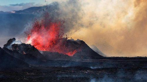 В Ісландії важко не відчувати свою безпорадність перед стихією