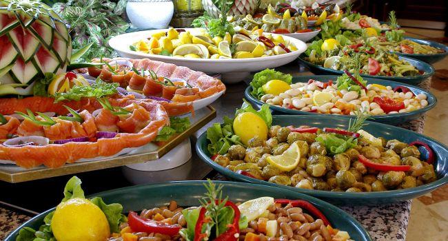 Похудеть за 4 недели до Нового года: диетологи назвали самый легкий способ