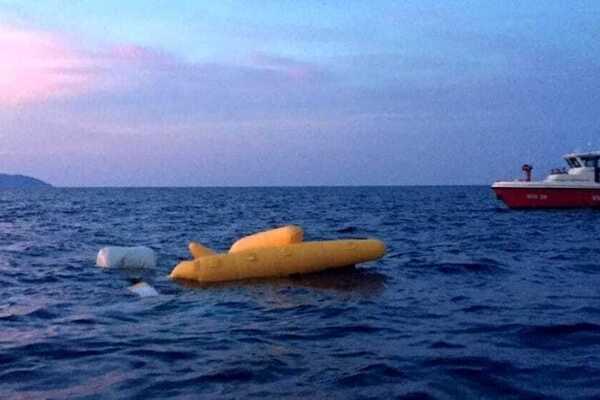 Вертолет с туристами рухнул в море: катастрофа на популярном курорте, много погибших