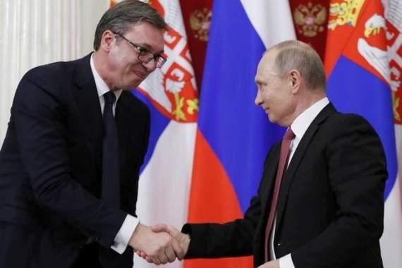 Спасибо Путину: «старомодный» Вучич поблагодарил Кремль за бесплатную военную поддержку Сербии
