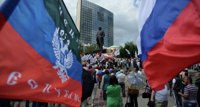 «Я бы договаривался с кем угодно, хоть с козлом»: генерал-лейтенант рассказал о переговорах с лидерами «Л/ДНР»