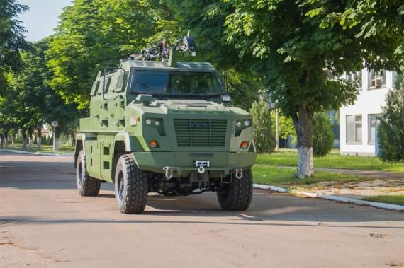 """""""Укроборонсервис"""" поставил в Буркина Фасо три специальных бронеавтомобиля КрАЗ -Shrek-M"""