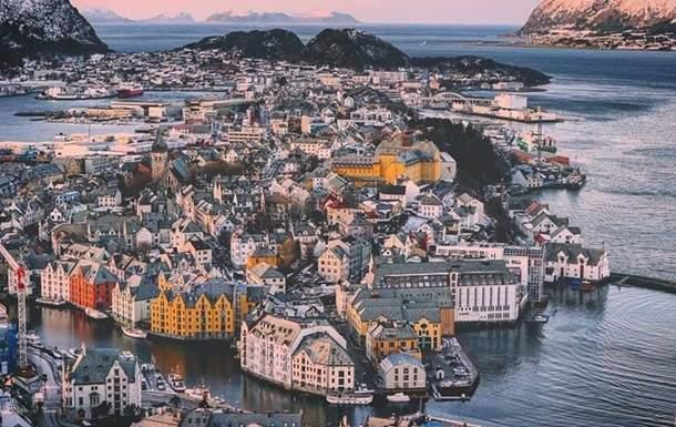 Порошенко с семьей отбыл на рыбалку в Норвегию
