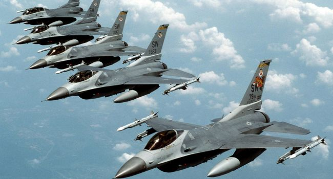 Самолет Путина нарушил воздушное пространство Литвы и Украины: истребители НАТО пошли на перехват