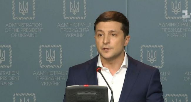 «Я очень просил господина президента России»: в сети появилось видео с больным Владимиром Зеленским