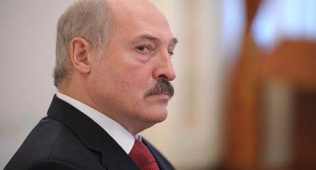 За оскорбление матом: Лукашенко жестко наказал нетрезвого подчинённого