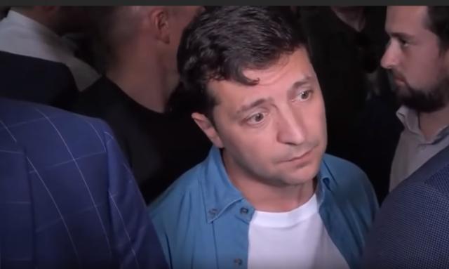Прописка и выборы в смартфоне: у Зеленского задумали радикальные шаги