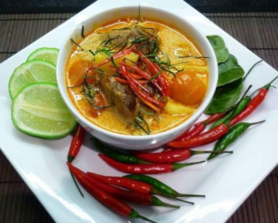 Чому в Азії люди надають перевагу дуже гострій їжі