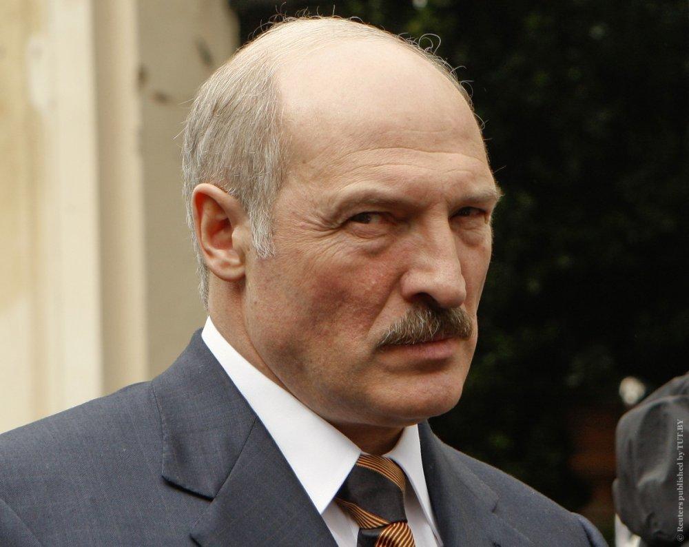 Клянусь детьми: испуганный Лукашенко прокомментировал телефонный скандал Трампа-Зеленского