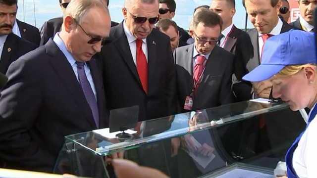 Продававшая мороженое Путину и Эрдогану «агент мороженщица» призналась, что она «не простая продавщица»