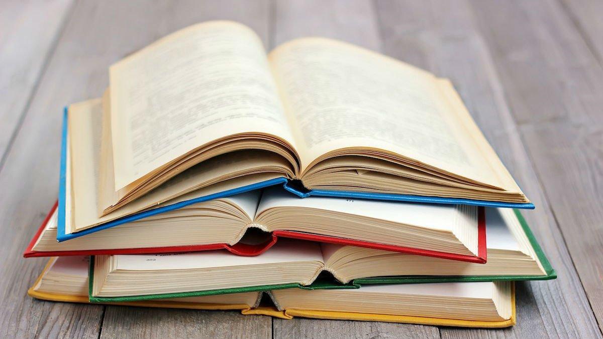 Антиукраїнська література: стало відомо, скільки книг з РФ не потрапили в Україну
