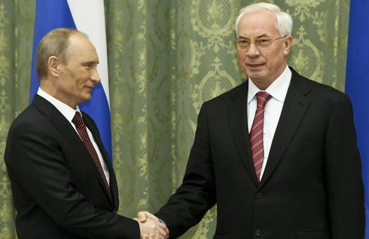 «Ні трєба скігліти»: Азаров признался, как ему на самом деле живется у Путина