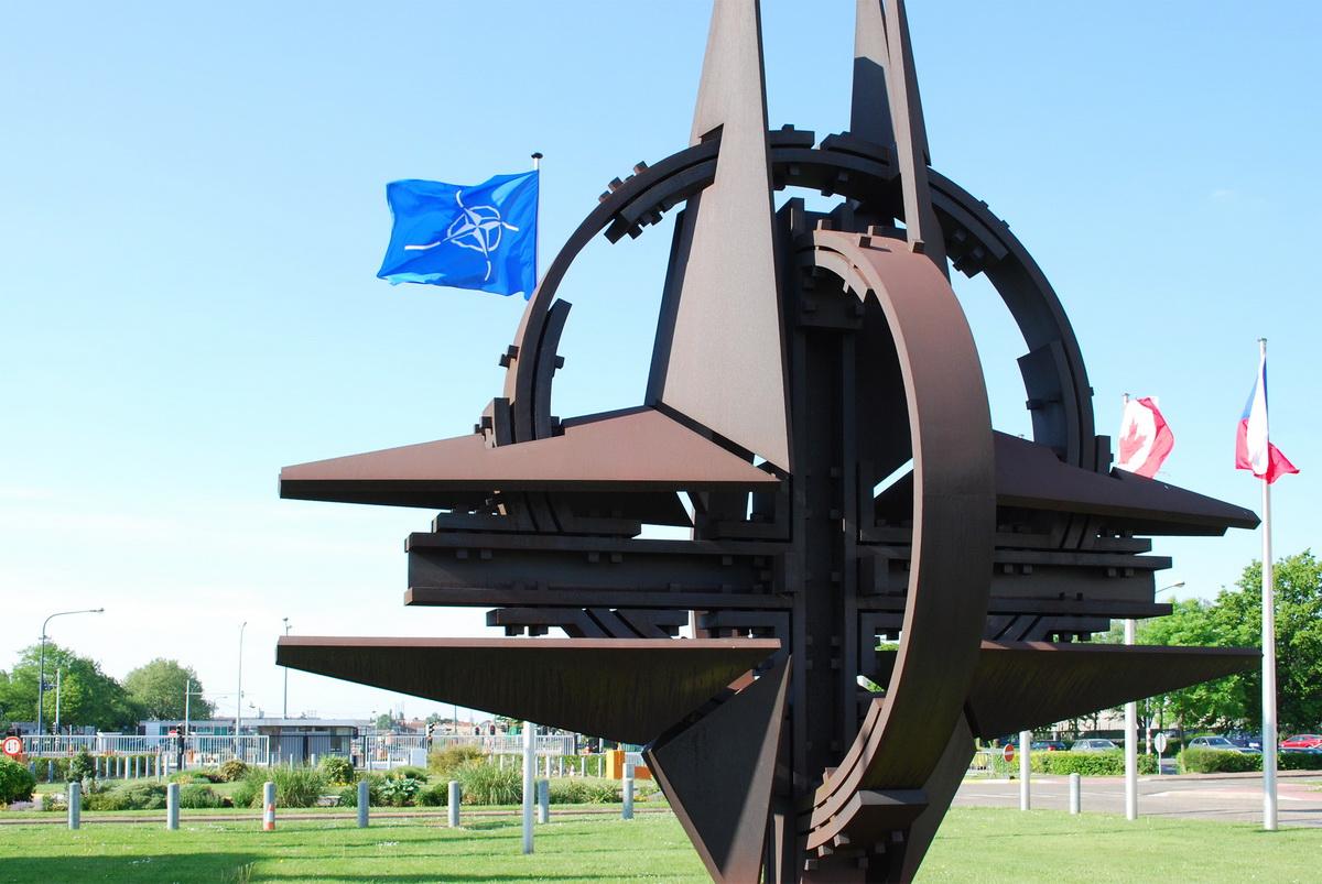 В НАТО прокомментировали начало военной операции армии Турции в Сирии