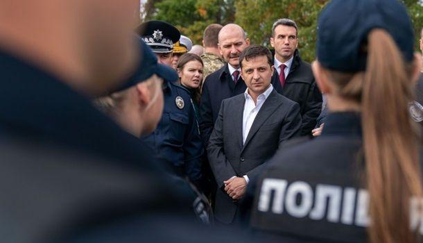 Зеленский считает, что участники протеста неверно понимают «формулу Штайнмайера»