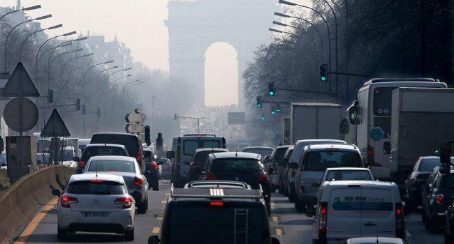 Жертвами стали 400 тысяч человек: Экологи заявили о смертельной опасности в Европе