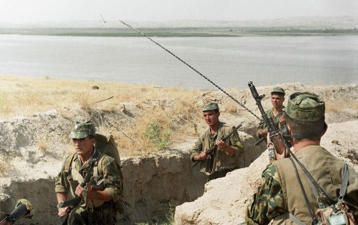 Бой на таджикско-узбекской границе: убиты не менее 15 человек