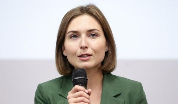 «Их слишком много»: глава Минобразования Новосад выступила с громким заявлением об учителях