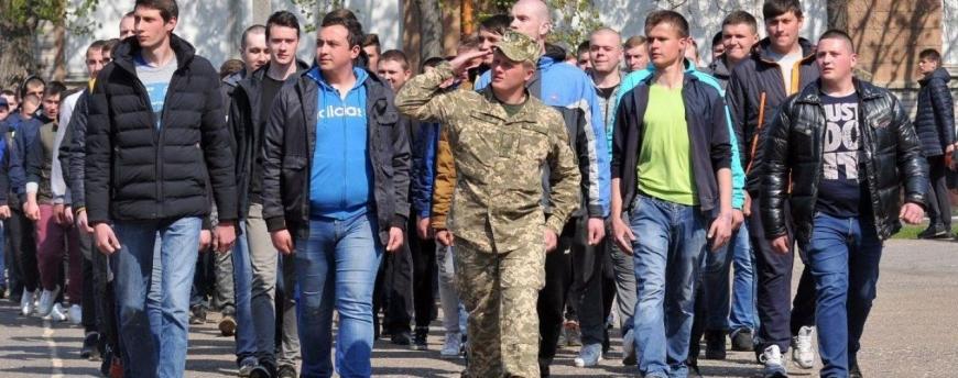 Служба в армии: власти заговорили об отмене призыва