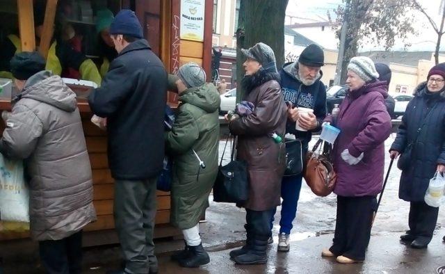 Полмиллиона украинцев оставили без пенсий