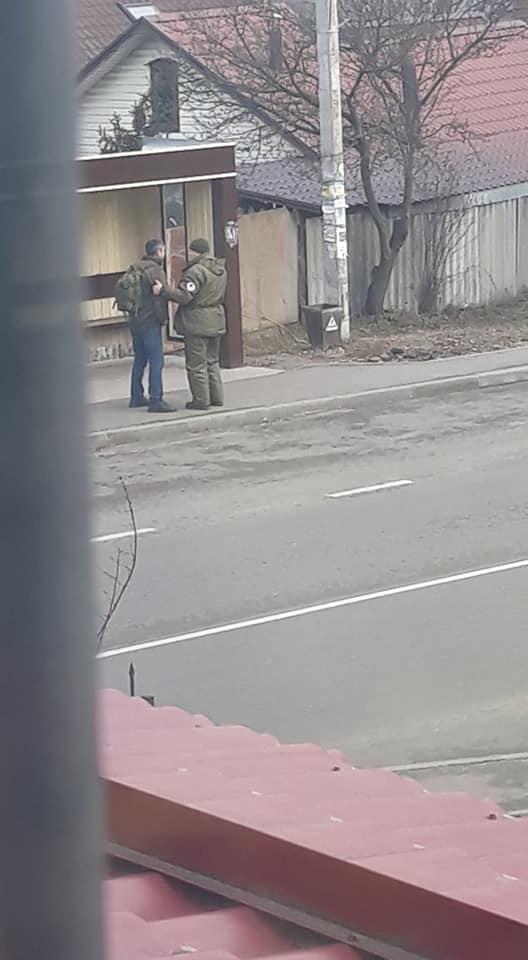 Пьяный луганчанин обстрелял военную колонну в Киевской области. ФОТО