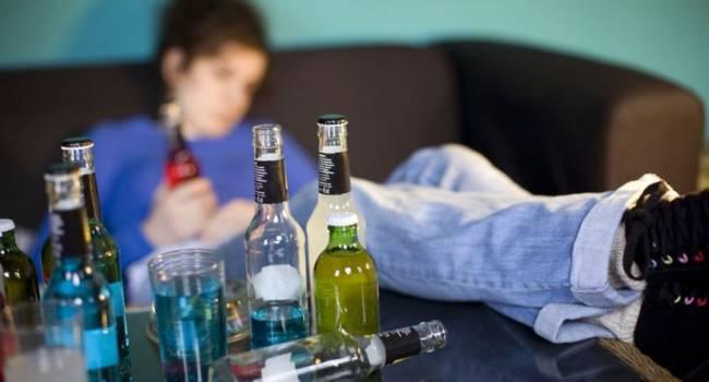Так же, как в «СССР секса не было», так и в России победили алкоголизм: во Франции сделали странное заявление