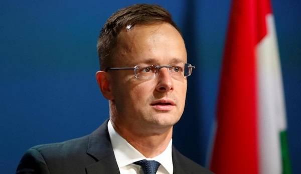Венгрия может снять блокирование для вступления Украины в НАТО: озвучено условие