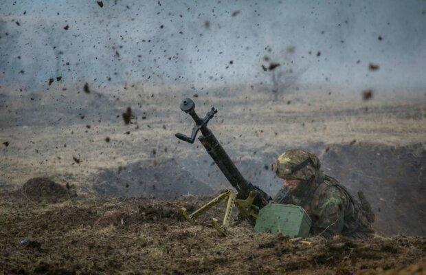 Поточна ситуація на Донбасі: окупанти гатять з гранатометів біля Оріхового та Новотроїцького